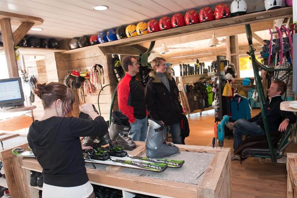 sur place boutique et location de skis