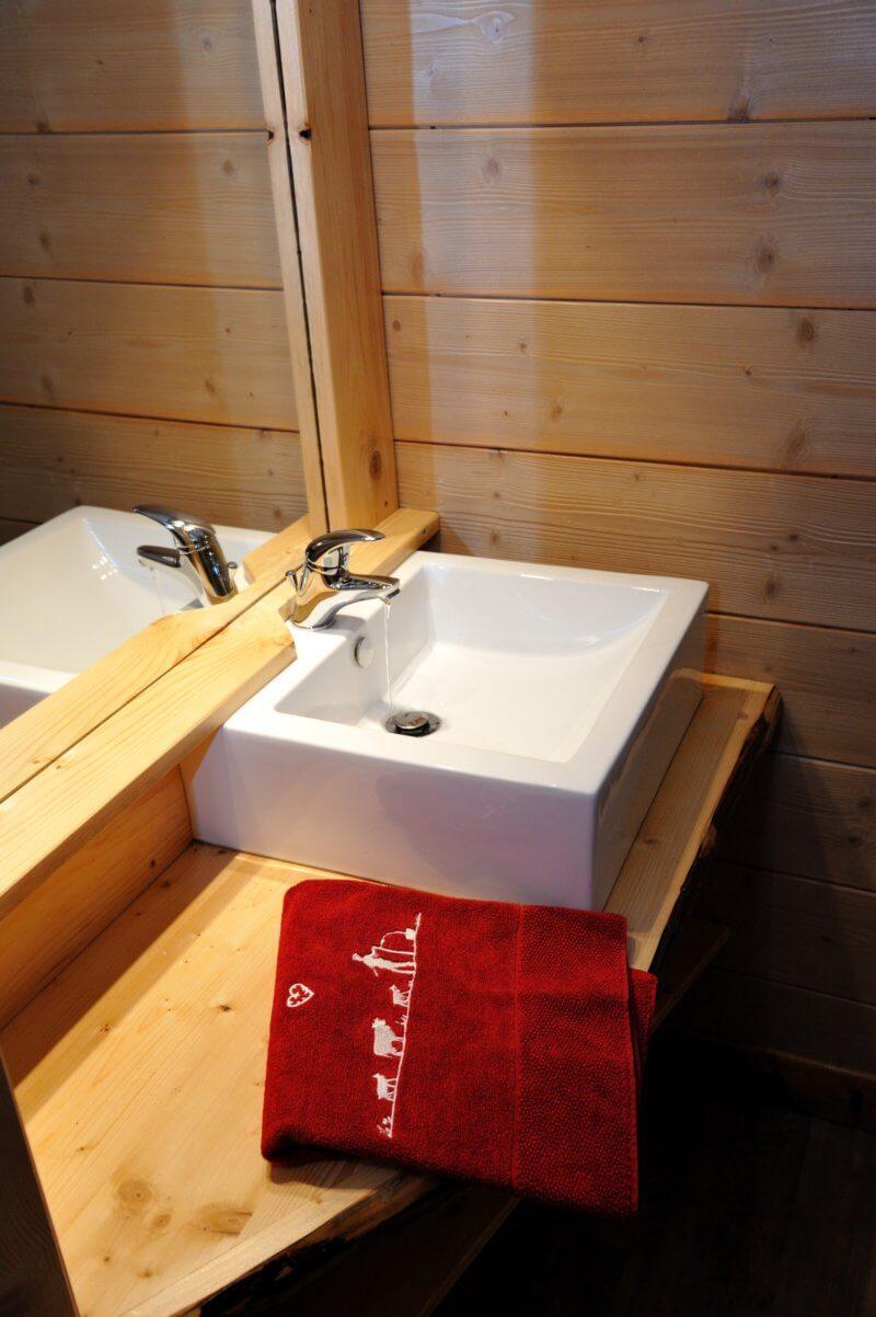 salle de bain chalet traditionnel Les Trois Bouleaux