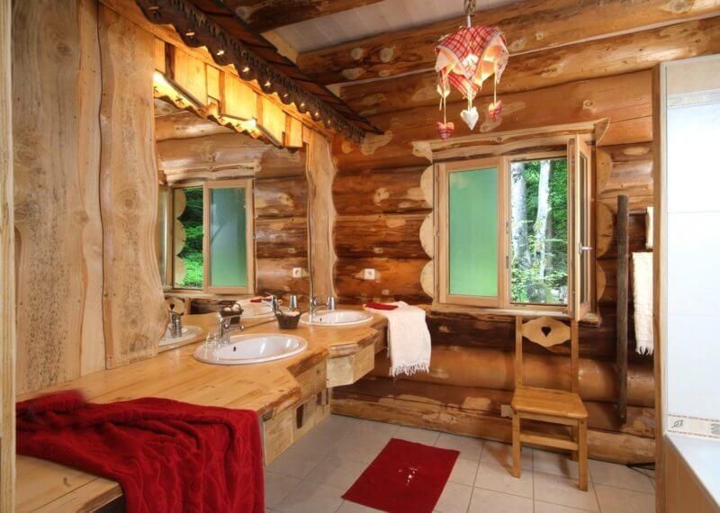 Salle de bain double vasque chalet 12 personnes