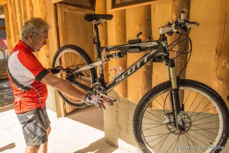 Atelier de réparation et station de lavage pour vos vélos