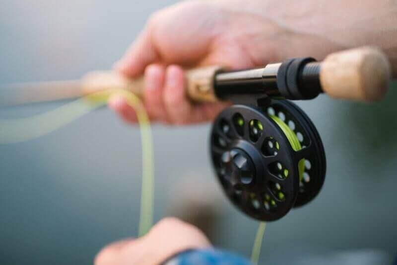 pêche à la mouche ou à la ligne dans les nombreux lacs à proximité