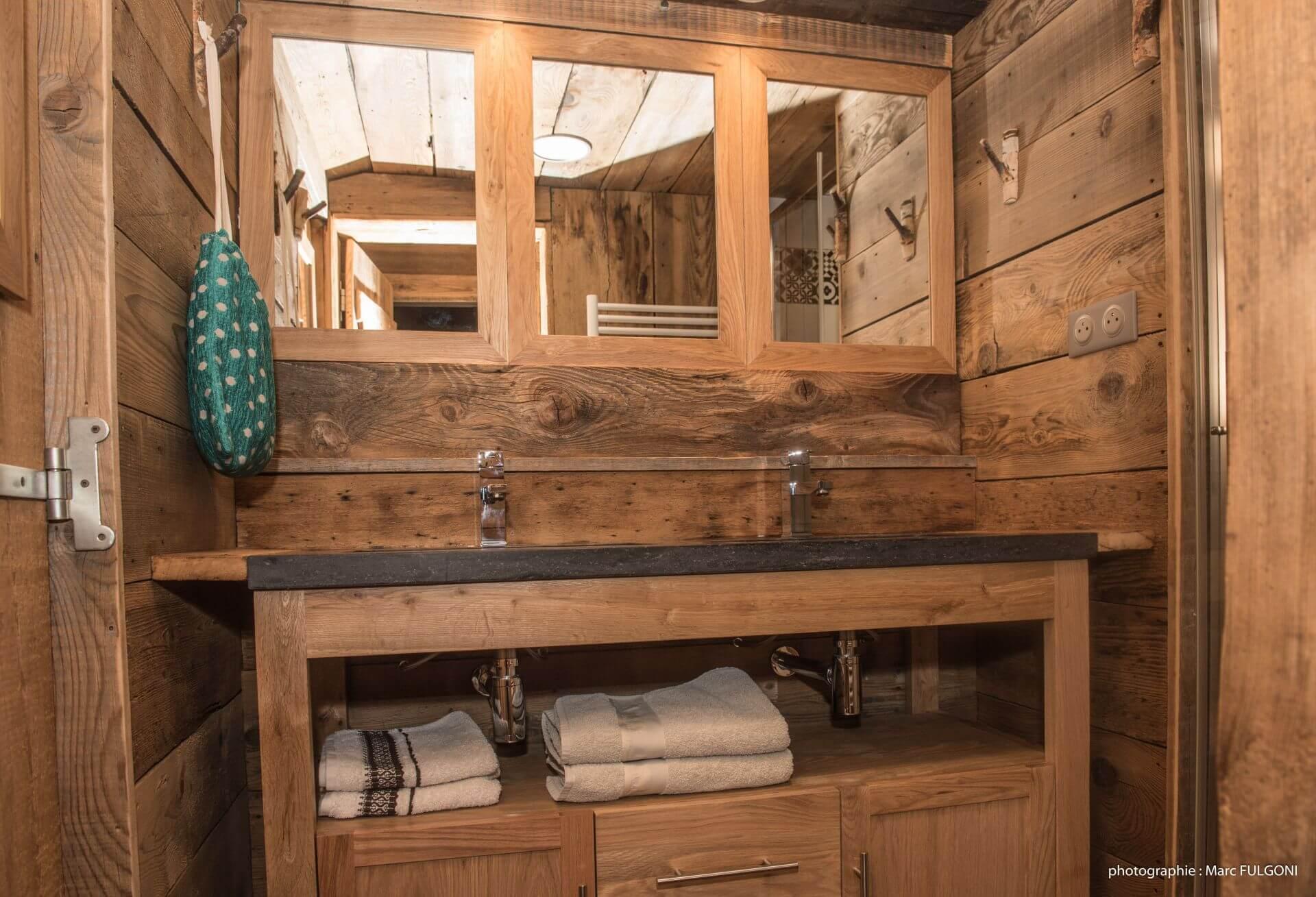 intérieur bois appartement la bresse